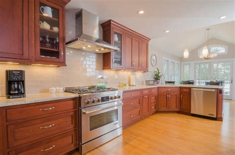 kitchen backsplash cherry cabinets backsplash tile for cherry cabinets google search tile