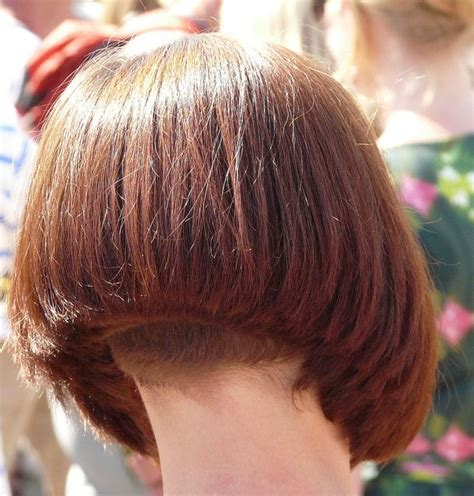 hairstyles for neck lines 88 best bobs images on pinterest bob hairs bob