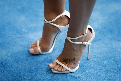 demi lovato s feet