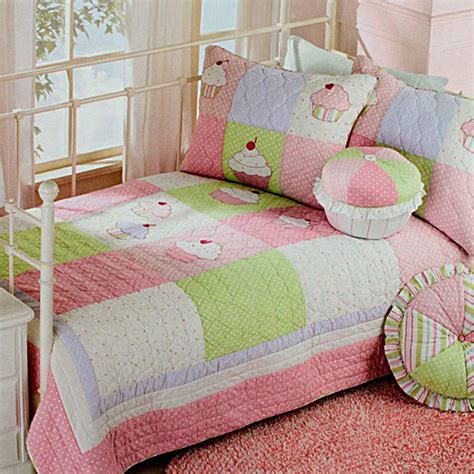 cupcake comforter set comforter cupcake gift cake ideas and designs