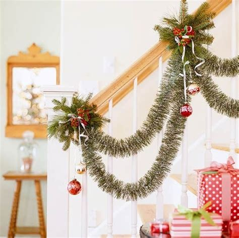 beautiful christmas decorations to make beautiful ornaments for stair ideas