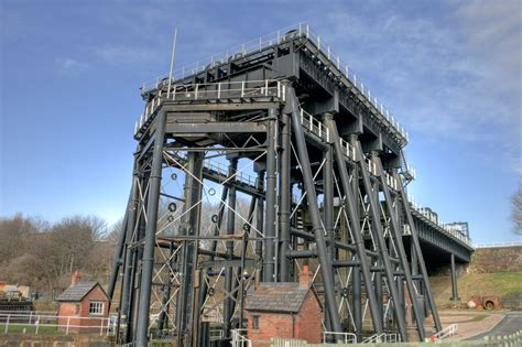 anderton boat lift pictures file anderton boat lift 5 jpg wikimedia commons