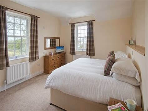 cottage master bedrooms dunstanburgh castle hotel hotel in alnwick visit northumberland