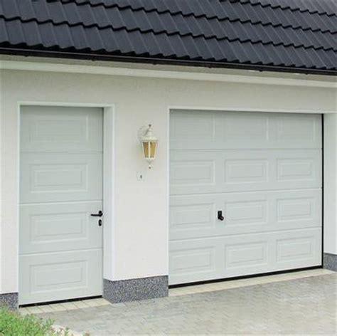 Berry Garage Doors by Garagentore
