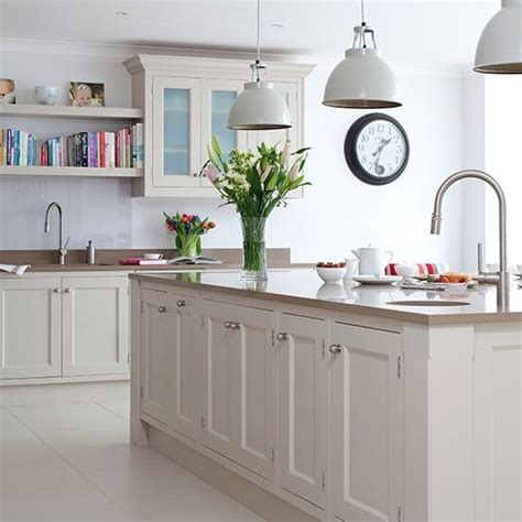pinterest kitchen island ideas best 25 traditional kitchen island lighting ideas on