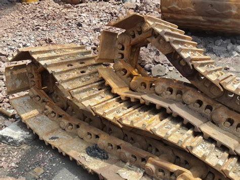 undercarriage parts track chain assembly  excavators wholesale supplier   delhi