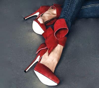 Ori Aminah Abdul Jillil Shoes shoe of the day aminah abdul jillil bow pumps shoeography