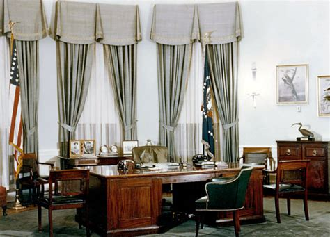 white house curtains oval office history white house museum