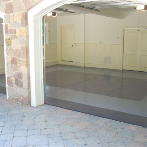 TrueLock PVC Garage Floor Tiles    Industrial Strength!