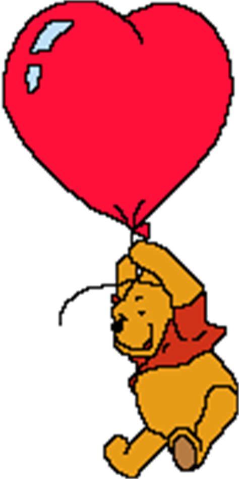 imagenes de winnie pooh con un corazon winnie pooh volando con un globo en forma de coraz 243 n