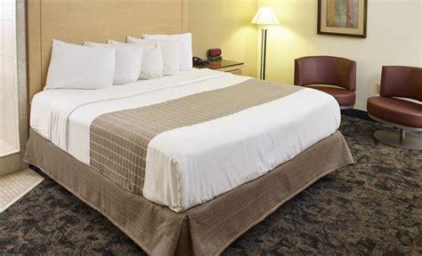 theme hotel burnsville mn hotel in burnsville mn livinn hotel minneapolis south