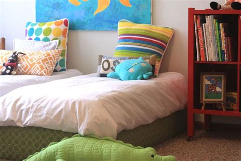 How To Make A Toddler Bed Frame Make Your Own Bed Frame Woodworking Projects Plans
