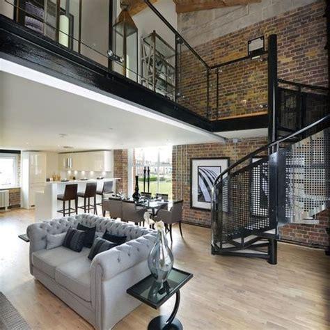 Loft Home Decor Industrial Bei Houzz Loft Style Wohnen Dank Industrial Chic Industrial Style