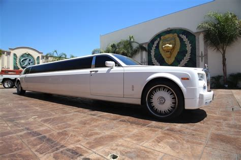 rolls royce limo rent a rolls royce limo today save time money call us now