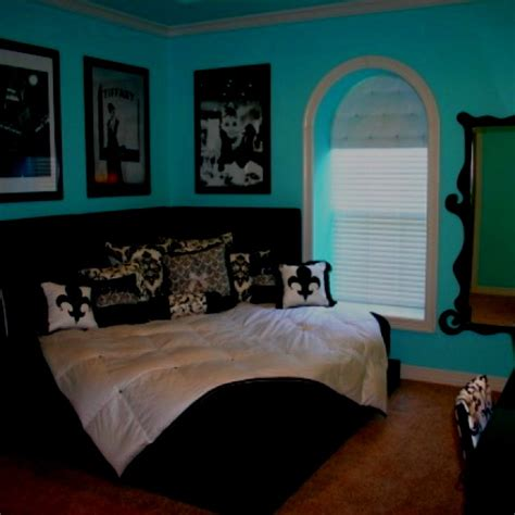 tiffany blue and black bedroom 1000 images about aqua black and white bedroom ideas on
