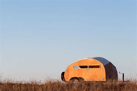 hutte hut trailer award winning handbuilt teardrop trailer is elegance