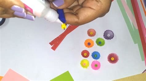 How To Make Flowers With Paper Quilling - 3 how to make a quilled fringed flower