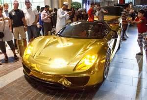 Car In Dubai Mall Gold Car Bonanza In Dubai 918 G63 6x6 Aventador Range