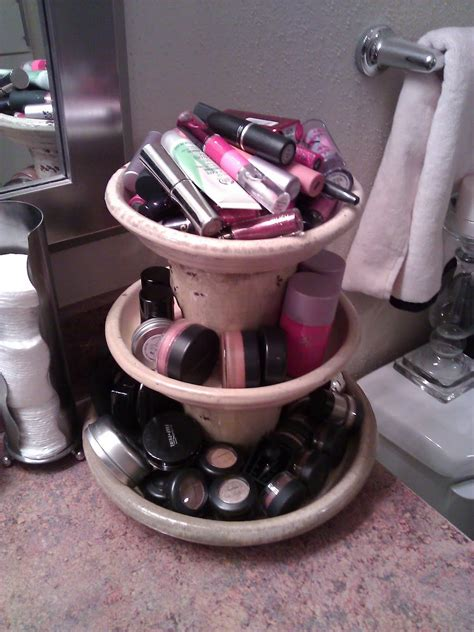 diy makeup storage ideas    vanity