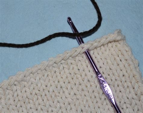 how do you end a knitting project how to crochet a simple border on any knitting project