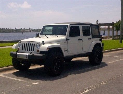 Jeep Wrangler Unlimited Tires Buy Used 2010 Jeep Wrangler Unlimited Lift Kit 35