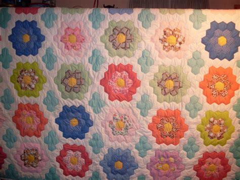 grandmothers flower garden quilt grandmothers flower