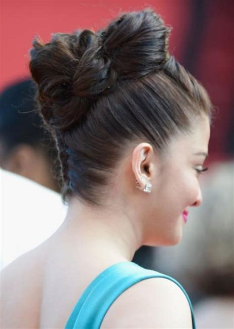 hairstyle joora video aishwarya rai bachchan pictures at premiere of cleopatra