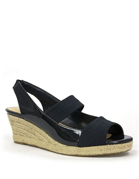 tracy sandals tracy kendall wedge sandals in blue navy patent lyst