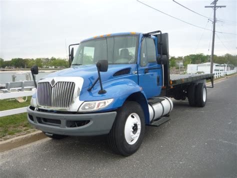 flat bed trucks 1993 ford l9000 flatbed truck for sale 444343