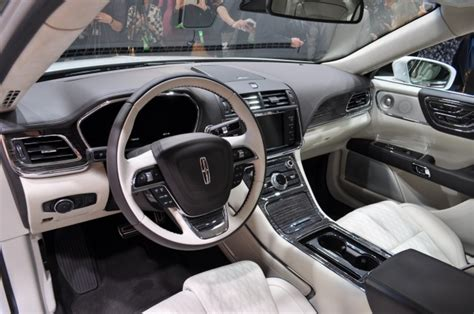 new lincoln continental pics 2017 lincoln continental lands at detroit auto show live
