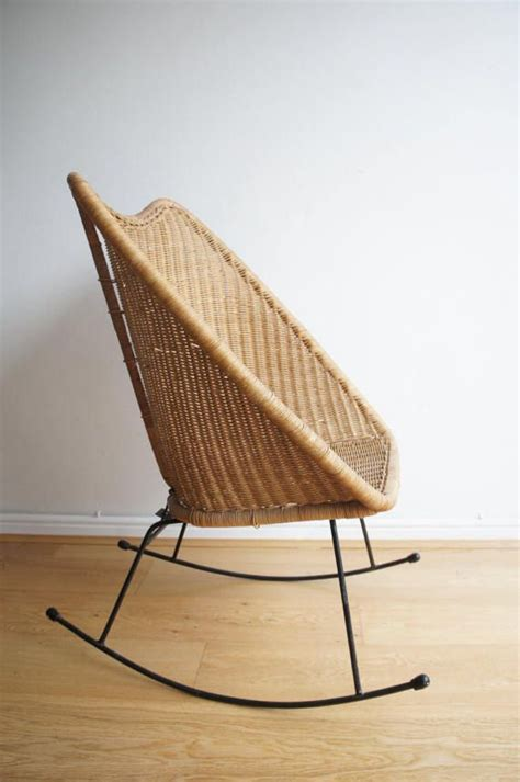 The Keinu Rocker Classic Idea Modern Design by Best 25 Metal Rocking Chair Ideas On Classic