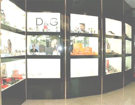 arredamenti per gioiellerie arredi per negozi compra in fabbrica arredamenti per