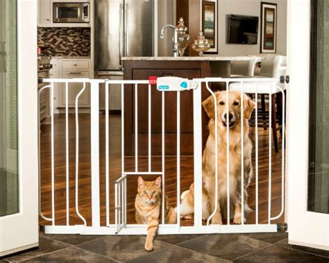 finding the best wide baby gate for your home baby