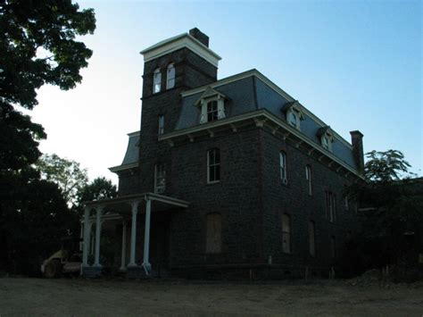 haunted house leesburg va these 10 abandoned buildings in virginia will send chills down your spine abandoned