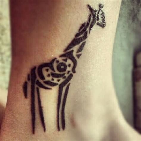 giraffe tribal tattoo giraffe images designs