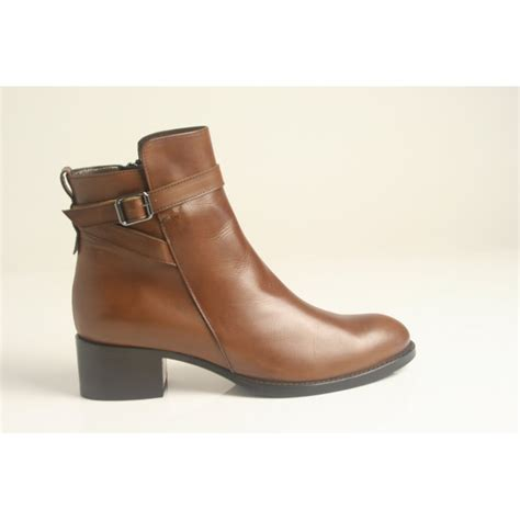 soft boots for calpierre calpierre soft polished leather ankle boot