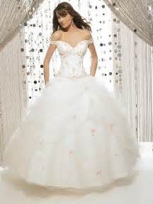 Wedding Ball Gowns Fabulous Wedding Photography With Huge Ball Gown Wedding Dresses Cherry Marry