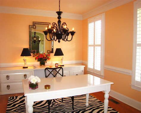 10 fierce interior design ideas with zebra print accent ideja zebra print crno bijelo jastuci tepih sitnice