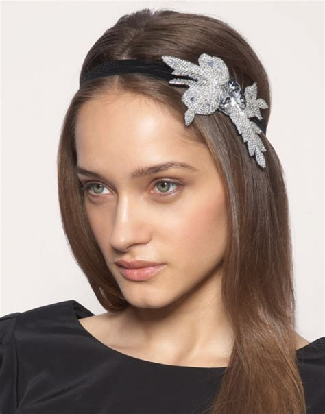 Should You Wear Hair Accessories by 20 Hair Accessories Every Should Own Styles Weekly