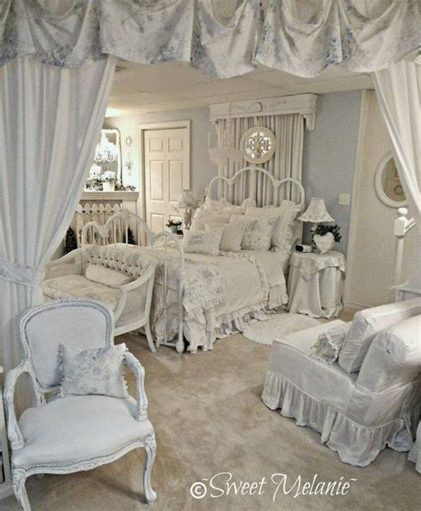 romantic beautiful bedrooms pinterest 1000 images about romantic bedrooms on pinterest canopy