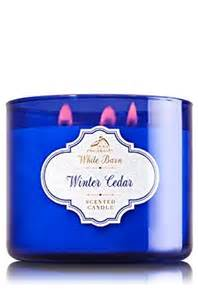 White Barn Candle Winter Cabin by Bath Works White Barn 3 Wick Candle In Winter Cedar