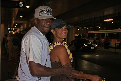 Bobby Brown Dating by Bobby Brown And Etheridge Arrive At Lax Zimbio