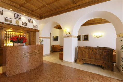 azienda di soggiorno cortina d ezzo meubl 233 hotel royal cortina d ezzo cortina e dintorni