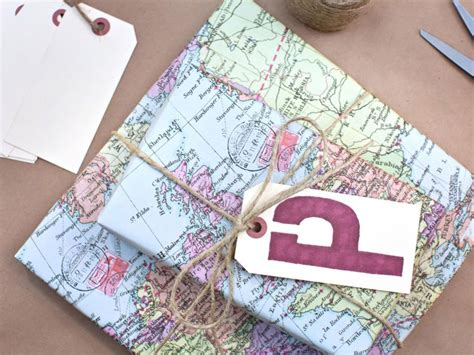 recycled gift wrap ideas a homemade living 6 eco friendly gift wrap alternatives inhabitat green