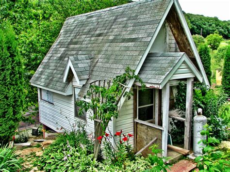 Tiny House Built From Leftovers Tiny House Swoon Tiny Houses Wi