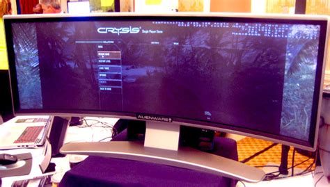 best widescreen monitor for gaming ces 2008 alienware s wraparound gaming monitor