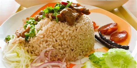 Membuat Nasi Goreng Dengan Bahan Seadanya | berita news nasi goreng babat