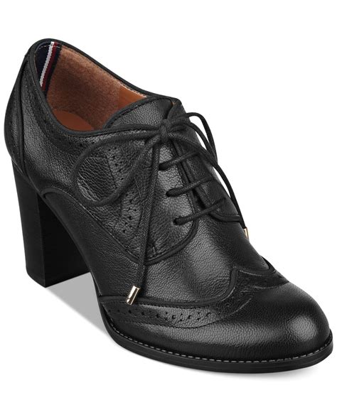 hilfiger oxford shoes lyst hilfiger s fabiole oxford shooties in black