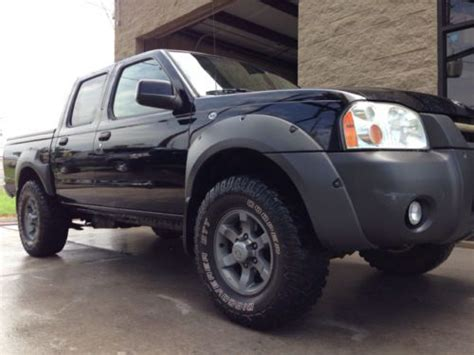 Sell Used 2002 Nissan Frontier Xe V6 Crew Cab 2wd Manual