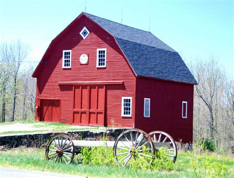 red barn panoramio photo of red barn in winthrop maine